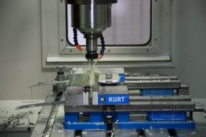 yoder industries machining center tapping countersink machine